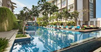 ibis Styles Goa Calangute - Calangute - Bể bơi