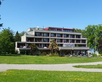 Park - Hotel Inseli - Romanshorn - Building