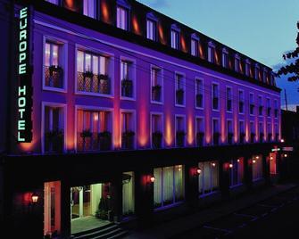 Europe Hotel - Erevã - Edifício