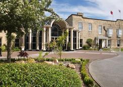 Mercure York Fairfield Manor Hotel - York - Outdoor view