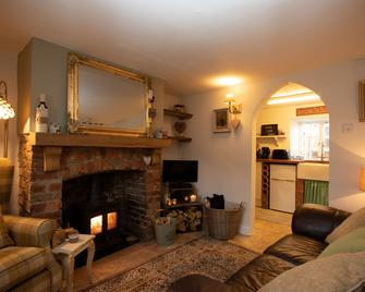 Cosy cottage - Chard - Living room