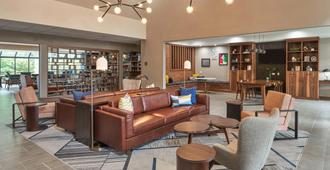 紹姆堡套房飯店 - 紹姆 - 休閒室