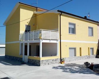 B&B Iris Cottage - Campomarino - Building