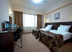 Best Western Plus Atakent Park Hotel - Almaty - Bedroom