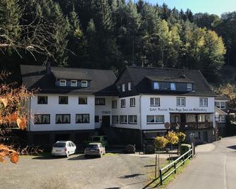 Haus am Mühlenberg - Schladern - Building