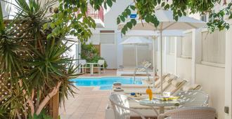 Aeolis Boutique Hotel - Naxos - Pool
