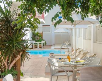 Aeolis Boutique Hotel - Naxos - Pool