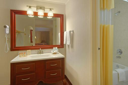 Days Inn by Wyndham San Diego/Downtown/Convention Center - San Diego - Phòng tắm