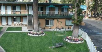 Alpine Inn and Spa - South Lake Tahoe - Edificio