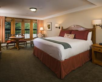 The Pines Lodge, A Rockresort - Beaver Creek - Bedroom