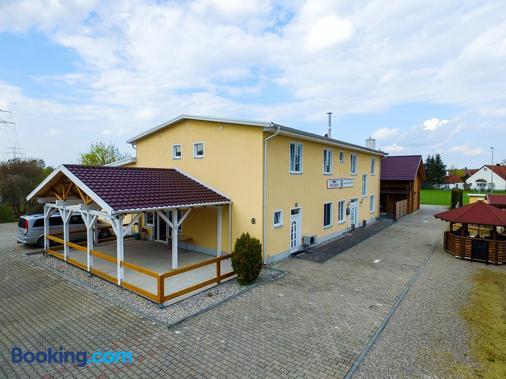Drei Bären Inn - Aichach - Building