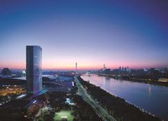 Shangri-La Hotel Guangzhou - Guangzhou - Outdoors view