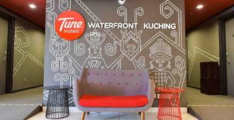Tune Hotel - Waterfront Kuching - Kuching - Lobby