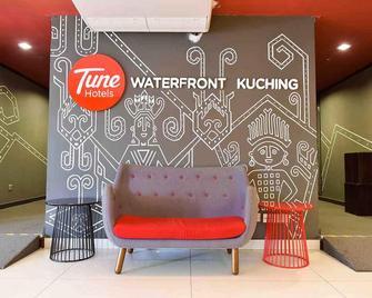 Tune Hotel - Waterfront Kuching - Kuching Utara - Lobby