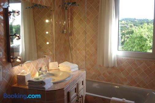 Hotel La Romarine - Ramatuelle - Bathroom