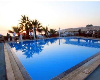 Sun&Sea Beach Hotel - Turgutreis - Pool