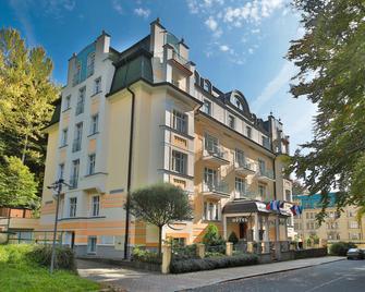 Villa Savoy Spa Park Hotel - Mariánské Lázně - Bygning