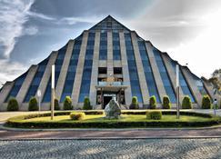 Piramida Park Hotel & Wellness - Tychy - Building