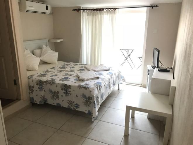 Kiyi Butik Pansiyon - Karaburun (Izmir) - Bedroom