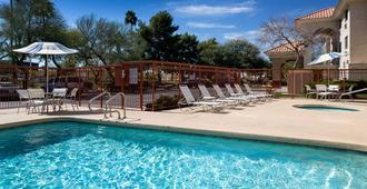 Country Inn & Suites by Radisson, Phoenix Airport - פיניקס - בריכה