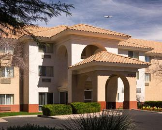 Country Inn & Suites by Radisson, Phoenix Airport - Phoenix - Gebäude
