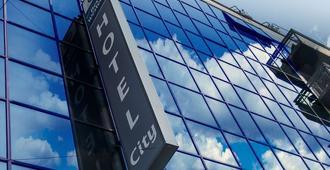 Best Western Hotel City - Milan - Building