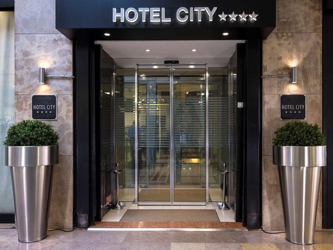 Best Western Hotel City - Milan - Toà nhà