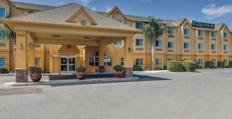La Quinta Inn & Suites by Wyndham Tulare - Tulare