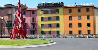 هوتل ماري - لا سبيزيا - مبنى