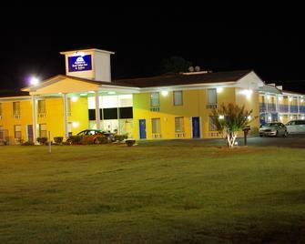 Americas Best Value Inn & Suites Hope - Hope - Gebäude