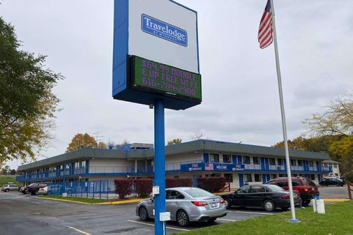 Travelodge by Wyndham Grand Rapids North - Grand Rapids - Bygning