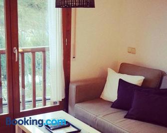 Apartamento Bielsa-Monte Pérdido - Bielsa - Living room