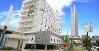 Pop! Hotel Kemang Jakarta - ג'קרטה - בניין