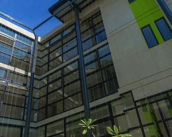 Arborea Flats by Corporate Stays - Santa Ana - Gebäude