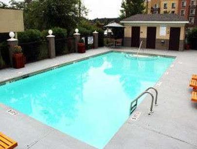Baymont Inn & Suites Columbia Fort Jackson - Columbia - Pool