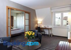 Brit Hotel Belfort Centre - Le Boreal - Belfort - Κρεβατοκάμαρα