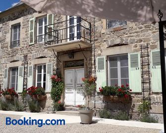La Maison Bourgeoise - Saint-Priest-des-Champs - Building