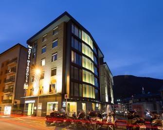 Hotel Metropolis - Ескальдес-Енгордань - Building