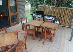 Turangi Holiday Park - Turangi - Patio