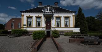 Hostel Herberg De Esborg - Scheemda - Gebäude