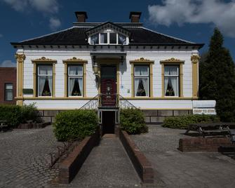 Hostel Herberg De Esborg - Scheemda - Edificio