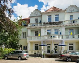 Hotel Rosengarten - Bad Salzuflen - Building