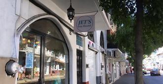 Jet's Gay Hostel - Puerto Vallarta - Outdoors view