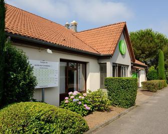 Campanile Marmande - Marmande - Building