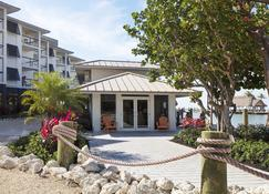 Pelican Cove Resort & Marina - Islamorada - Building