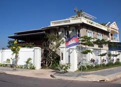Makk Hotel - Kampot - Bygning