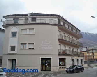 Albergo Corradetti - Castel di Sangro - Building