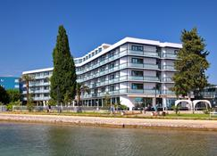 Hotel Ilirija - Biograd na Moru - Bygning