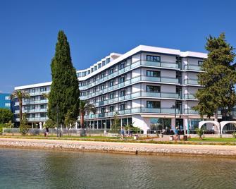Hotel Ilirija - Biograd na Moru - Edificio