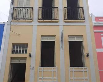 Hostel Pousada Sobrado Do Conde - Penedo - Building